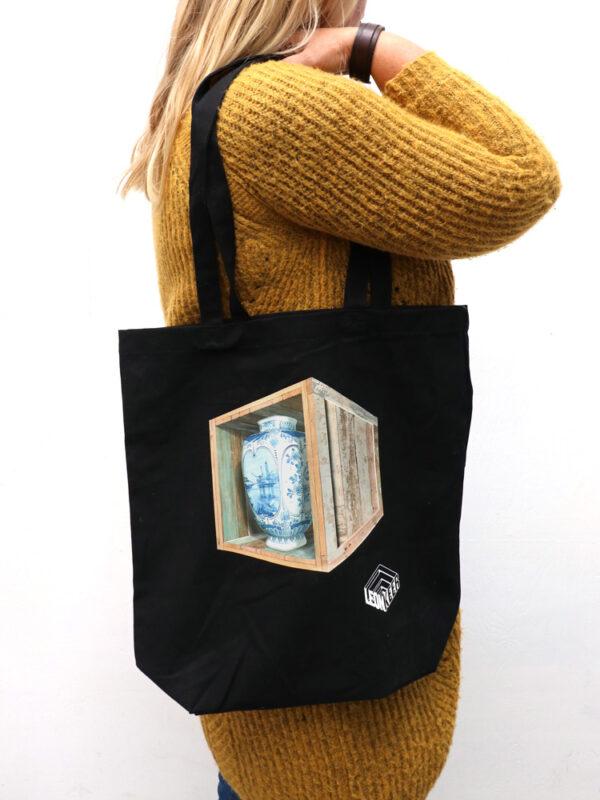 Leon Keer bag 'Risky Business'