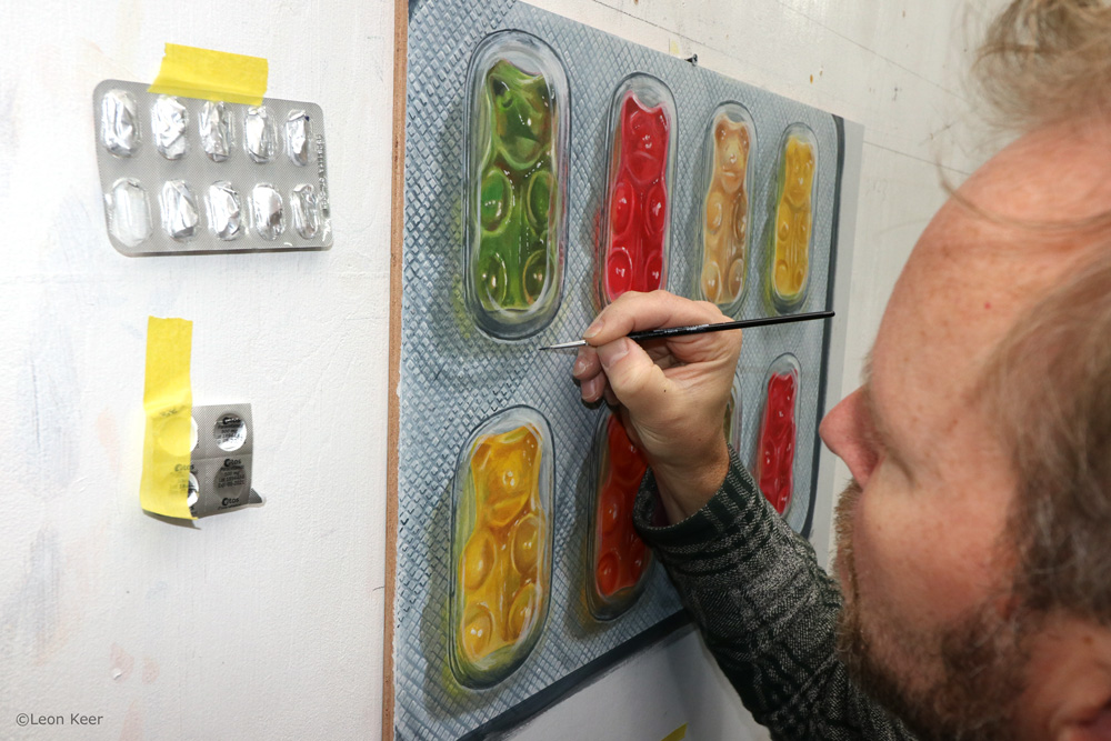 Gummybears pills leon keer 3d painting Pleasure and reward